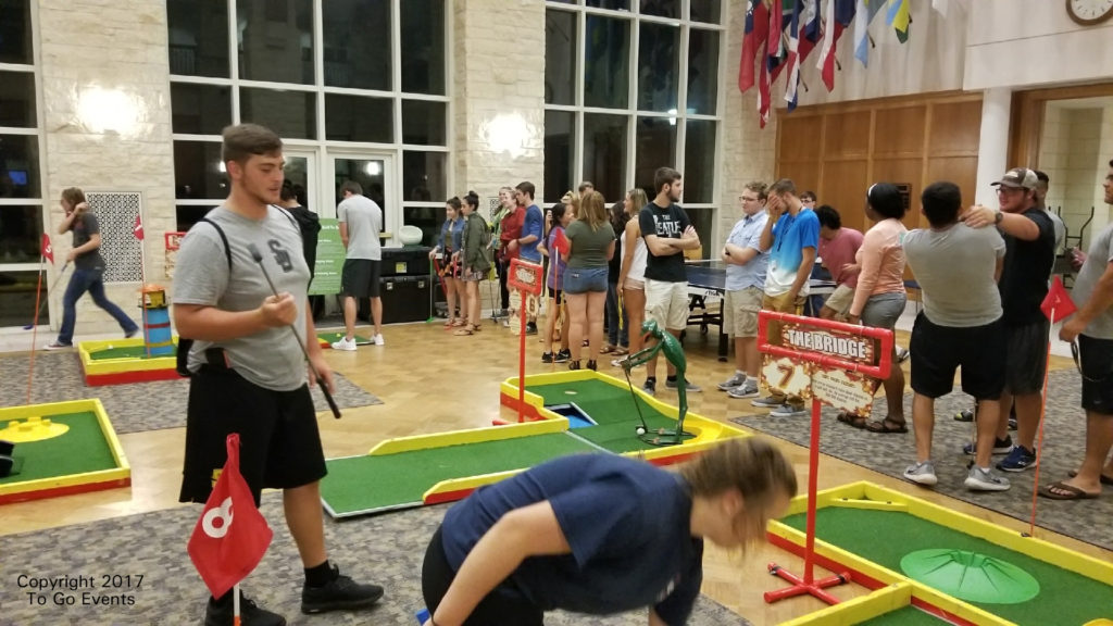 Southwestern University loves mini golf to go