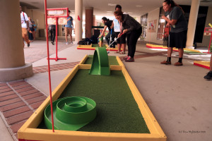 Portable Mini Golf gets huge reaction from college crowd
