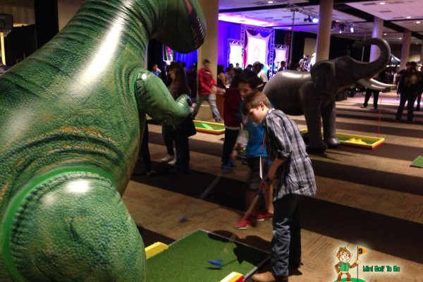 Mini Golf To Go - Full Course with Inflatables - Branded
