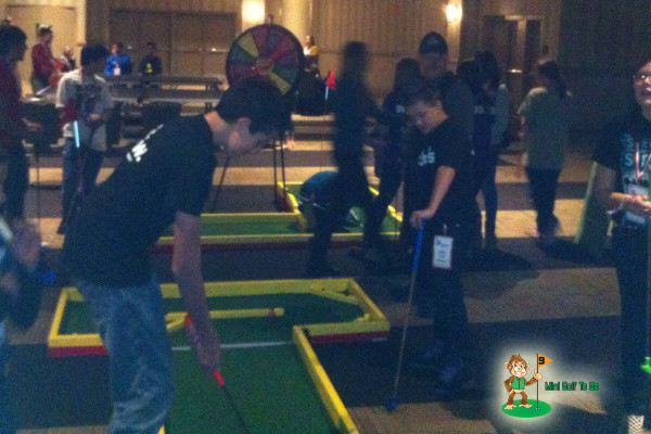 Mini Golf To Go - Lots of Players - Opening Night