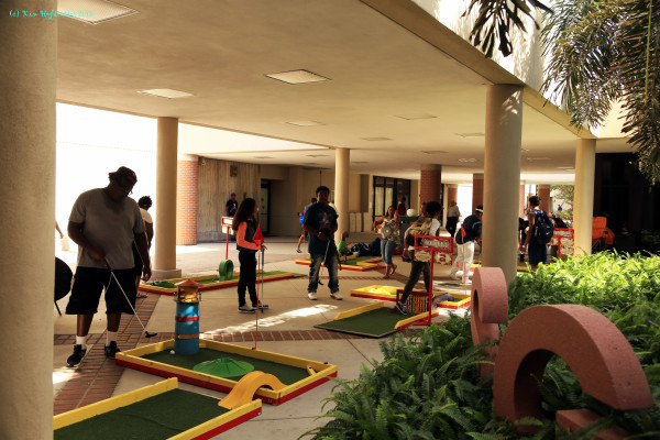 Mini Golf on the patio at community college event in Florida